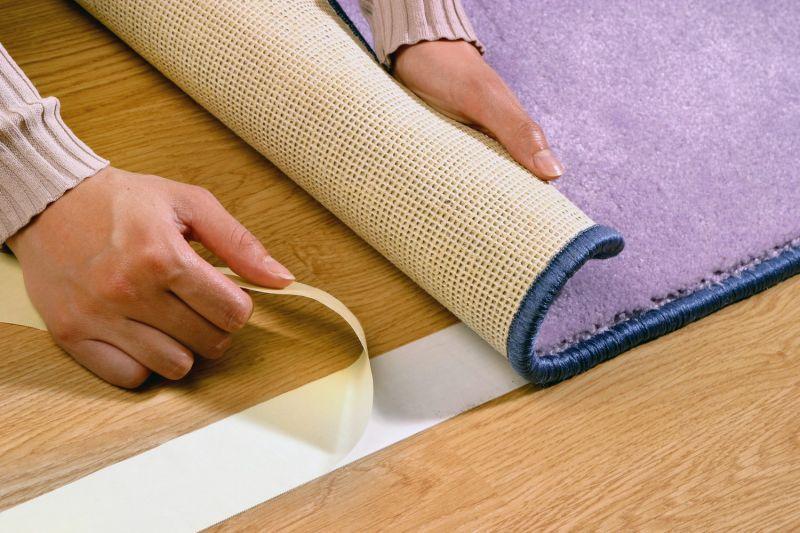 Двухсторонняя лента (скотч) для ковровых покрытий и линолеума